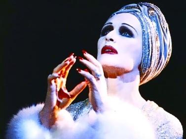 Glenn Close als Norma Desmond