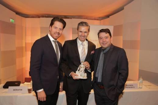 Vorstand Daniel Serafin, Porzellanmanufaktur-CEO Thomas König, Präsident Karl-Michael Ebner
